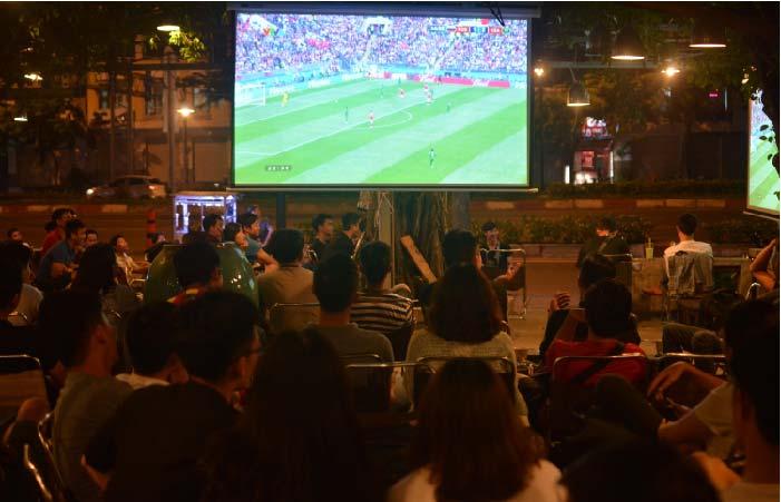 Mô hình quán cafe bóng đá